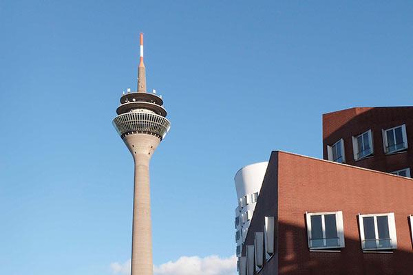 Rheinturm Düsseldorf Medienhafen